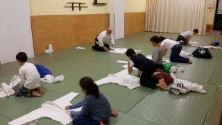 Ripiegatura del <i>`keikogi`</i><br><br>